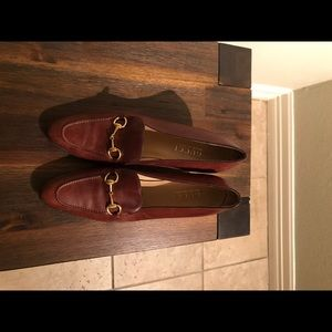 Authentic Vintage Gucci leather heeled loafers